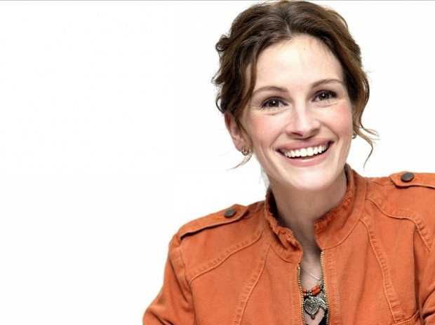 Julia Roberts - Top 10 Highly Paid Hollywood Actress