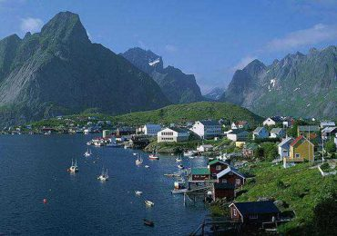 Top 10 Best Countries to Live in 2014