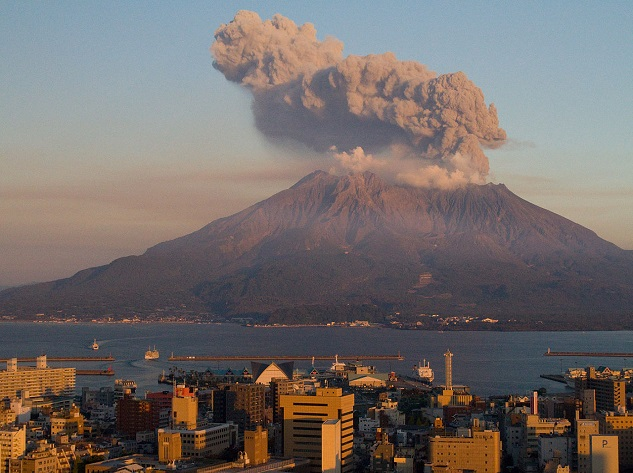 Sakurajima - Top 10 most dangerous volcanoes