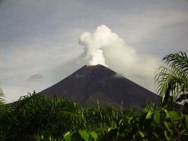 Ulawun - Top 10 most dangerous volcanoes