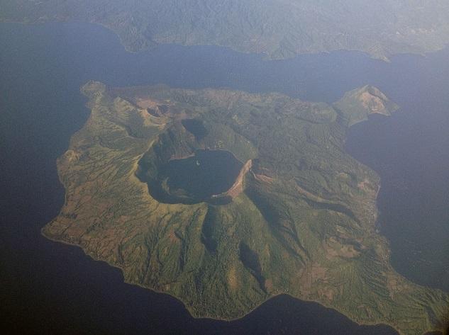 Taal - Top 10 most dangerous volcanoes