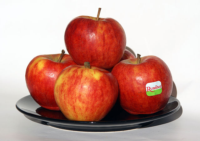 Apples - Food to Fight Diabetes