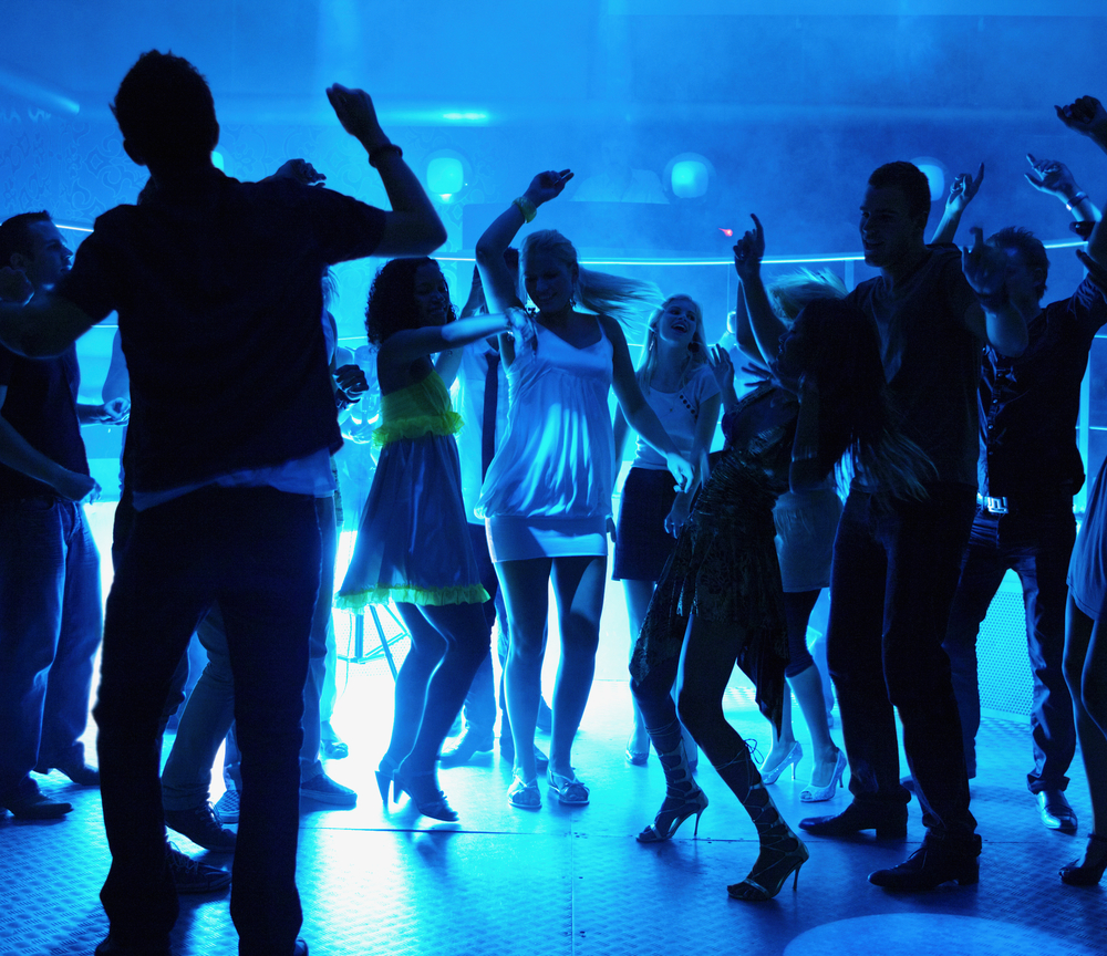 Places Where We Can Make Friends-Night Clubs