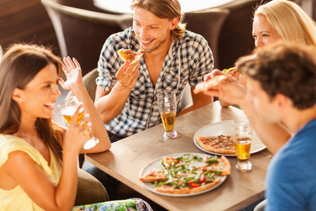 Fun ways to Spend a Night Out- Eat out