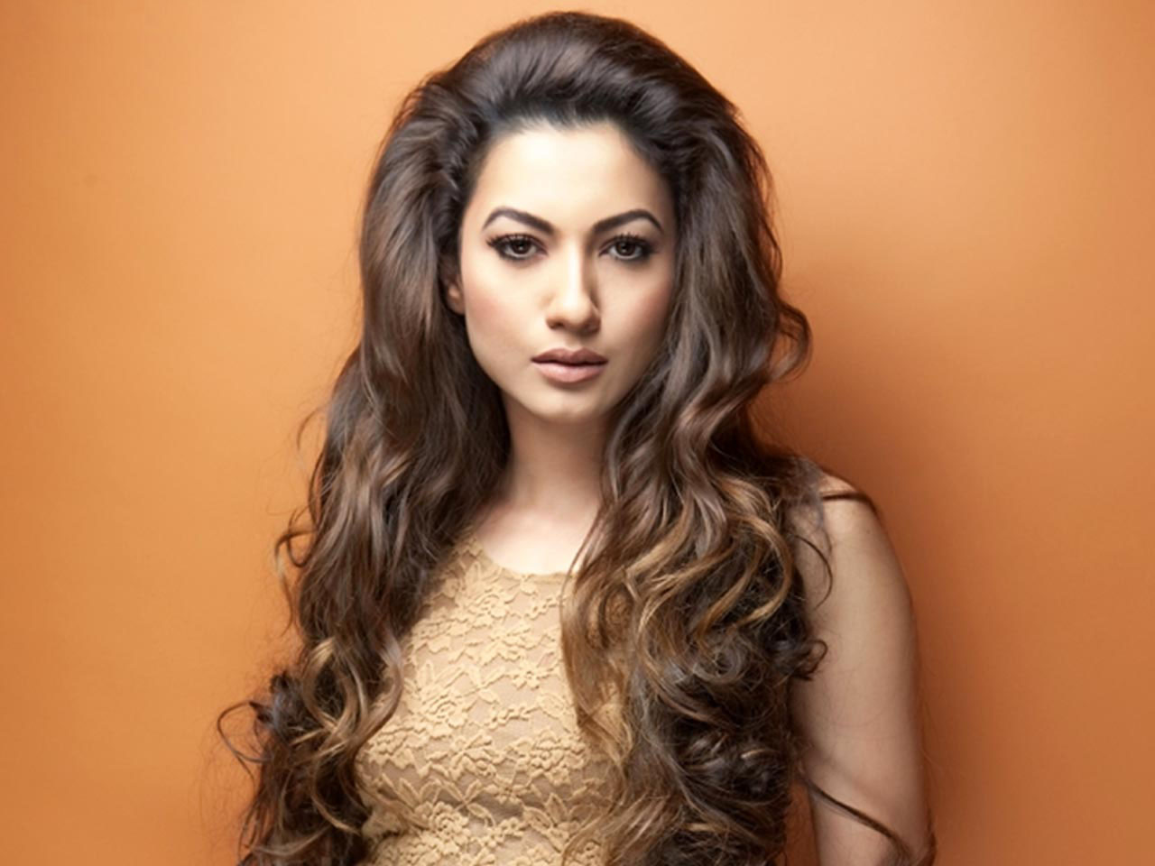 10 hottest Item Girls of Bollywood- Gauhar Khan