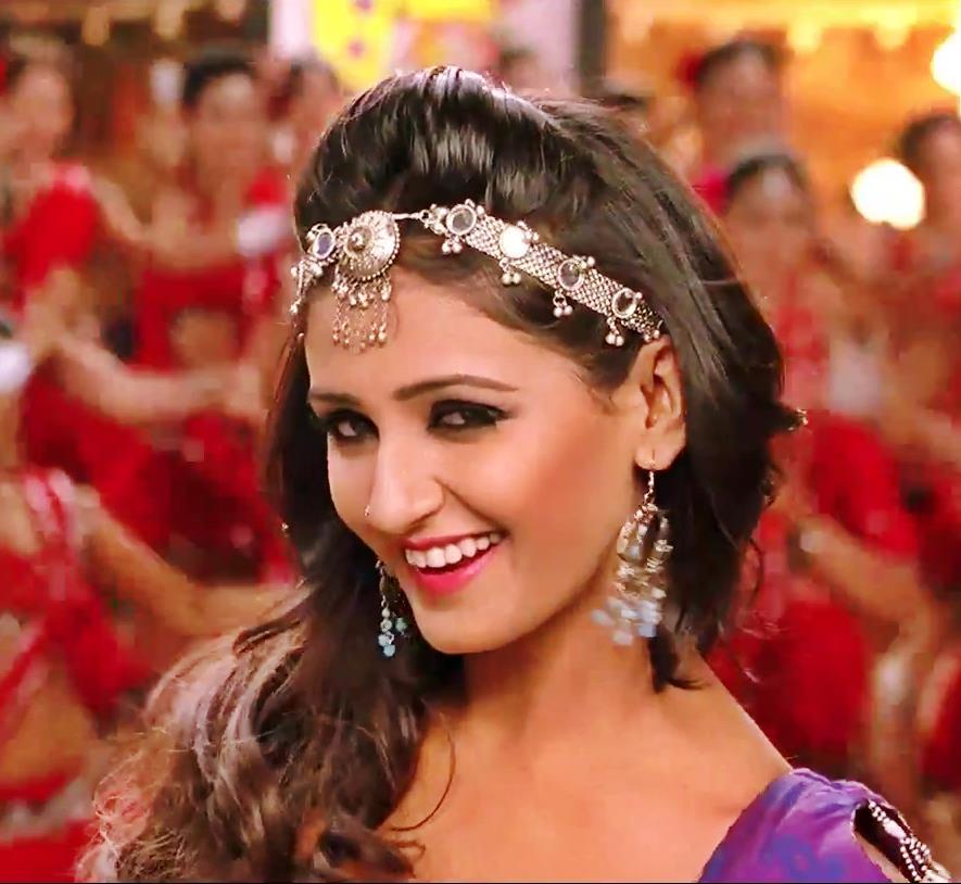 10 hottest Item Girls of Bollywood- Shakti Mohan