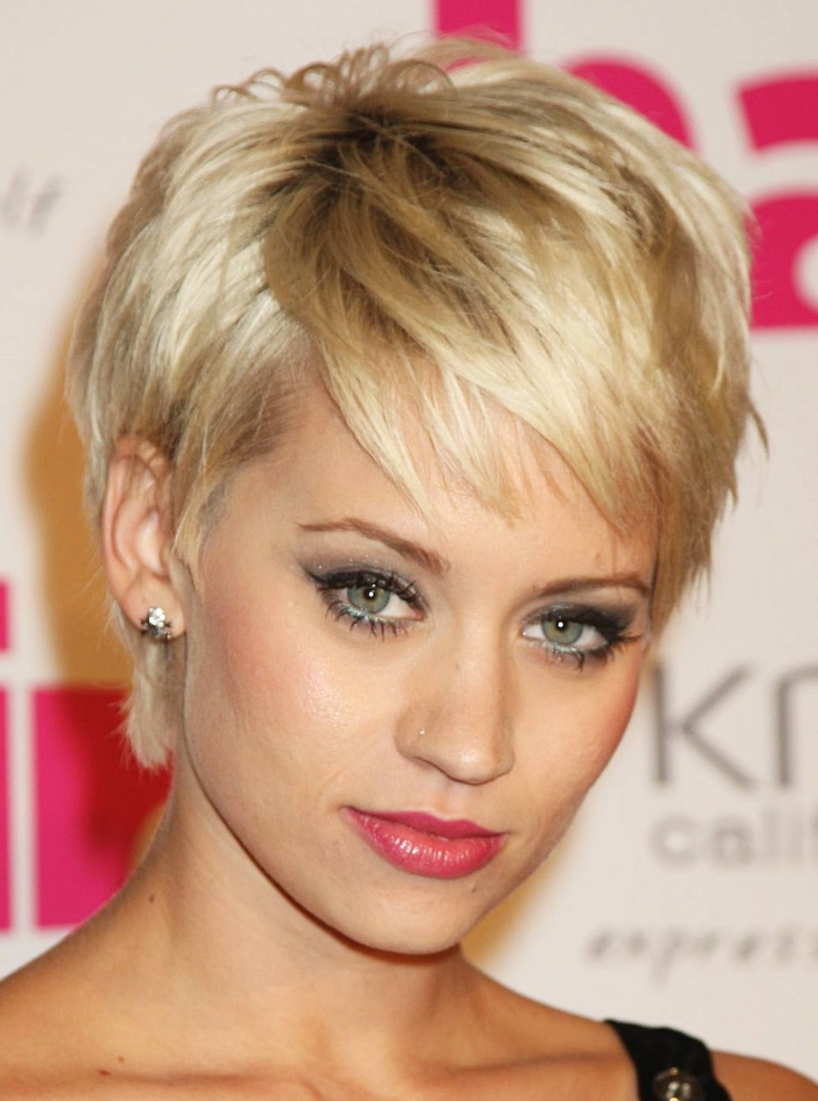 Best Short Hairstyles for Girls | OhTopTen